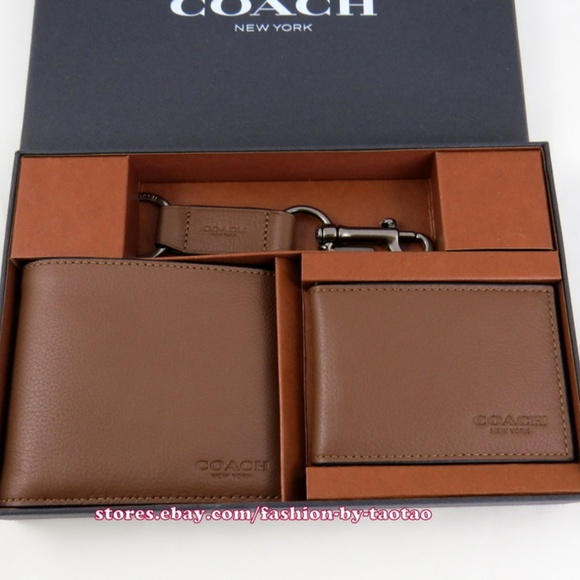 de442b8516bff Coach Compact ID Sport Leather Wallet Gift Set. NWT